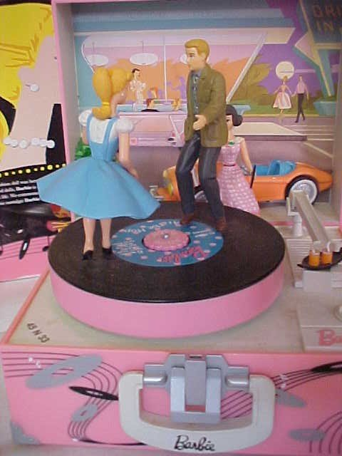 267: Barbie Let's Go To The Hop Music Box - 2