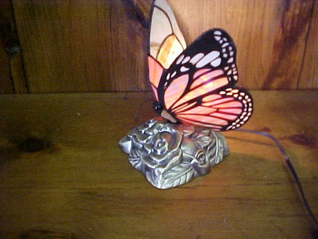 18: Small Monarch Butterfly Tiffany Style  Lamp