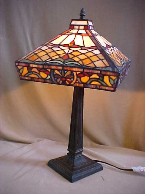 10: Med. Square Tiffany Style Leaded  Glass Lamp