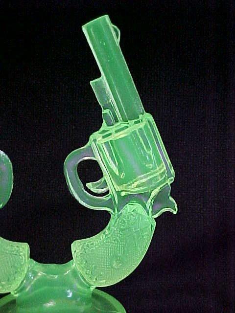 1000: 1800's Vaseline glass pistols gun display. - 2