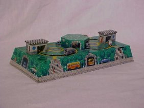 Tin Litho Wind-up Moving Cars Toy