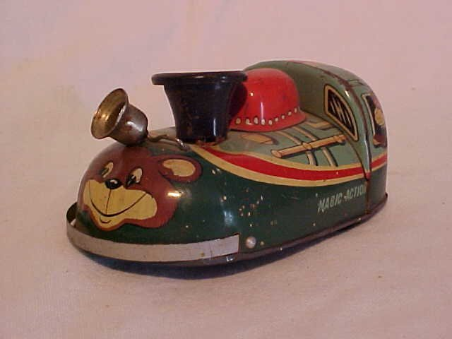 """46: Tin litho toy train """"Magic Action"""""""