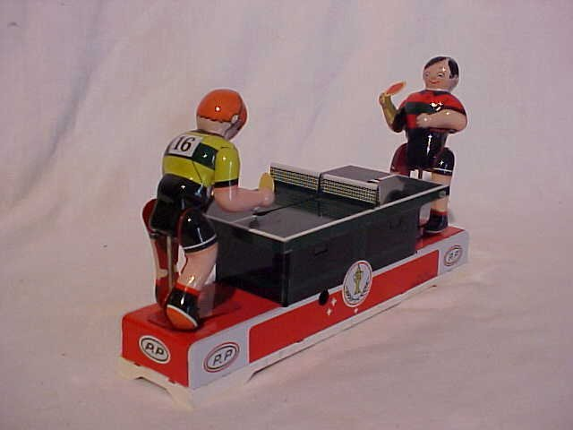 48: Tin litho table tennis wind-up toy
