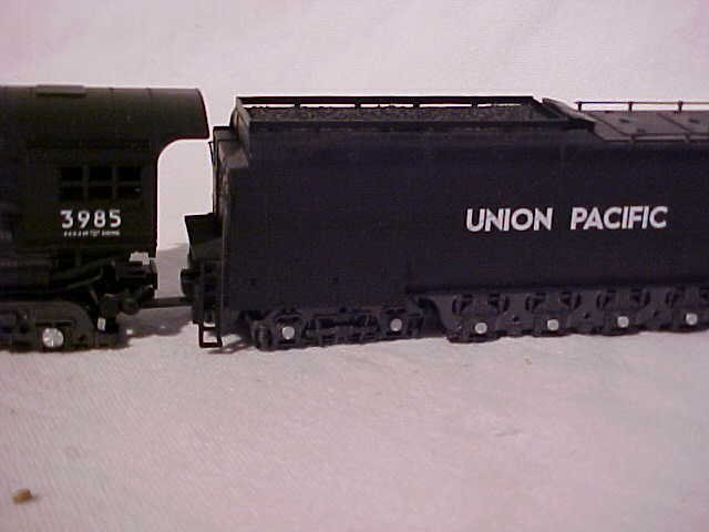 "153: Rivarossi ""3985 Union Pacific"" model train engine - 2"