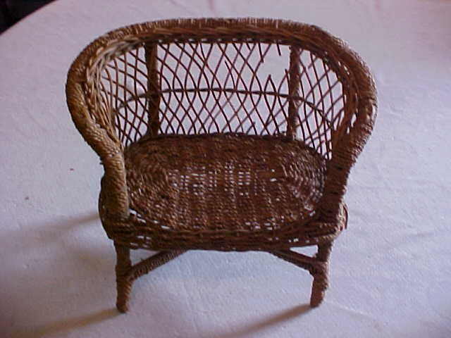 10: Doll house size wicker loveseat