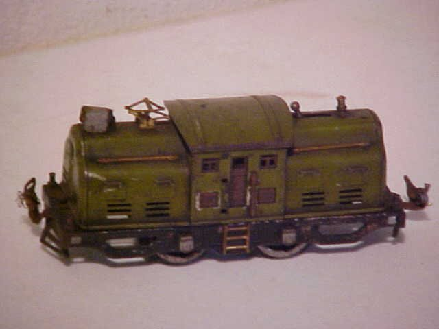 102: Early Lionel train engine