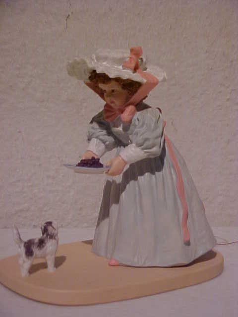 "99: 1989 Maud Humphrey Bogart ""Kittys lunch"" figurine"