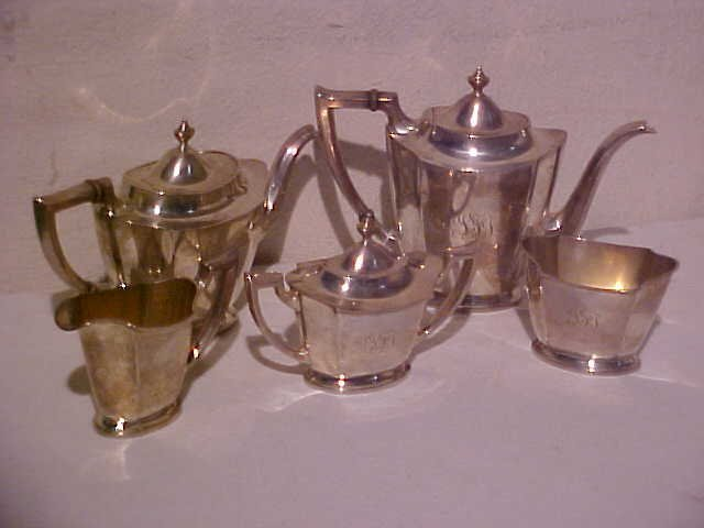 20: 5 pc. International sterling tea set
