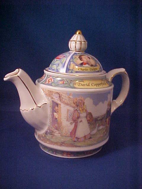 "4008: Signed Sadler china tea pot ""David Copperfield"""