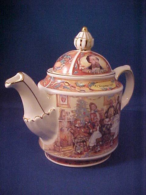 """4012: Signed Sadler china tea pot """"A Christmas Carol"""""""
