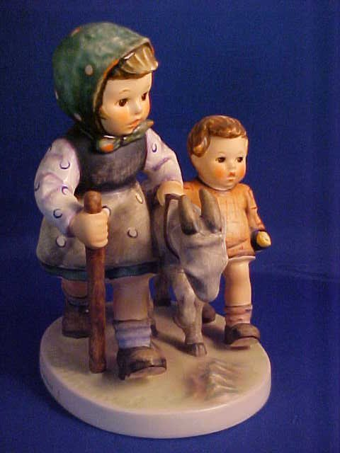 "Hummel figurine Homeward bound 5-1/4""."