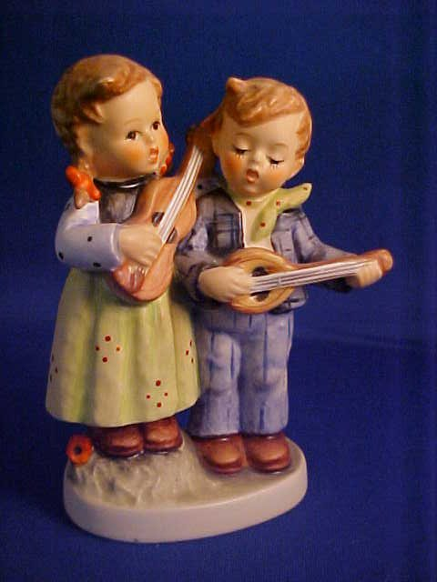 "Hummel Figurine Happy Days 4-1/4""."