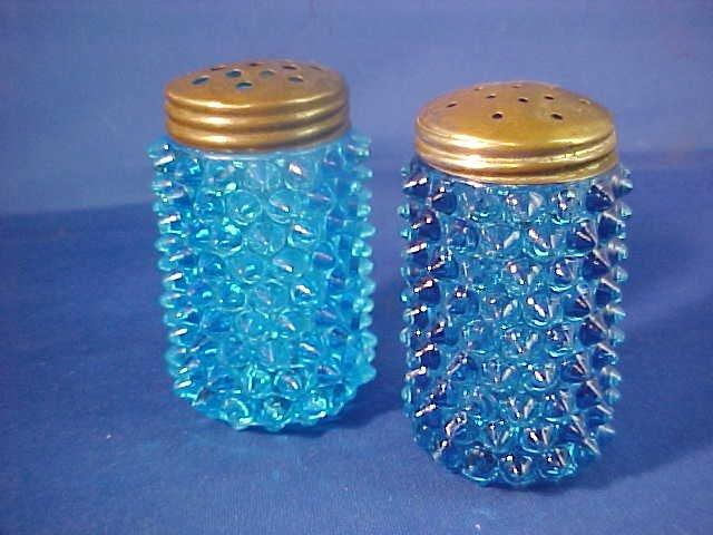 "Blue hobnail salt & pepper shakers.3""tall."