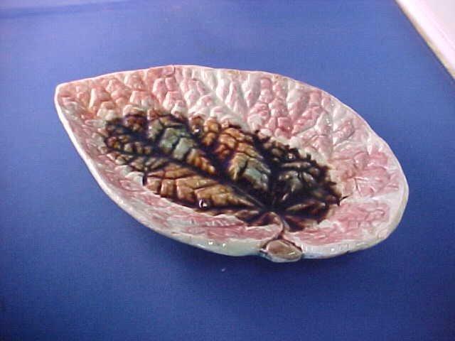 "Early English Majolica leaf shaped dish. 9-/2""long."