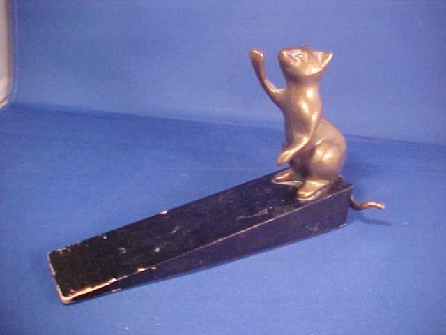 Bronze cat door stop
