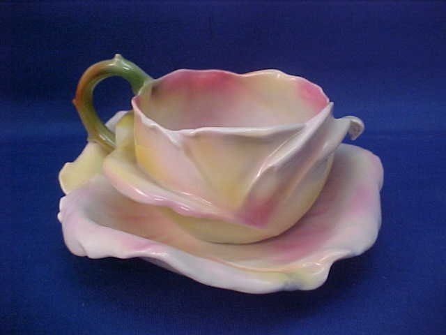 "Royal Bayreuth Yellow Rose 4-1/2"" w cup and saucer"