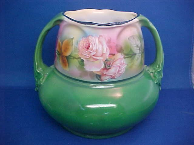 "Large Floral vase Royal Bayreuth 6-3/8\\\"" tall."