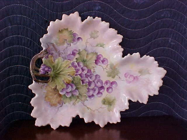 signed Pearl Carson 1984  hand painted tray