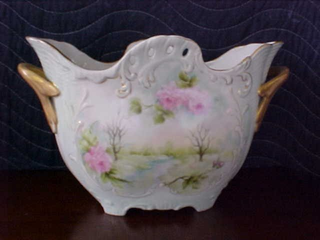Signed Pearl Carson 1981 handpainted vase