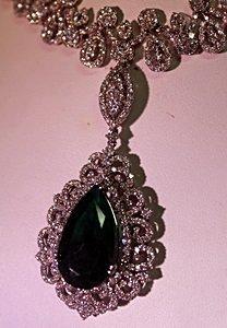 18K WhiteGold Diamond & Columbian Emerald Earings