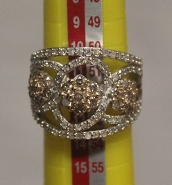 Beautiful Sterling Silver Ring With Diamond