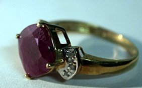 10k Yellowgold Pigeon Blood Ruby Ring