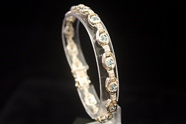Stunning Topaz Silver Bracelet