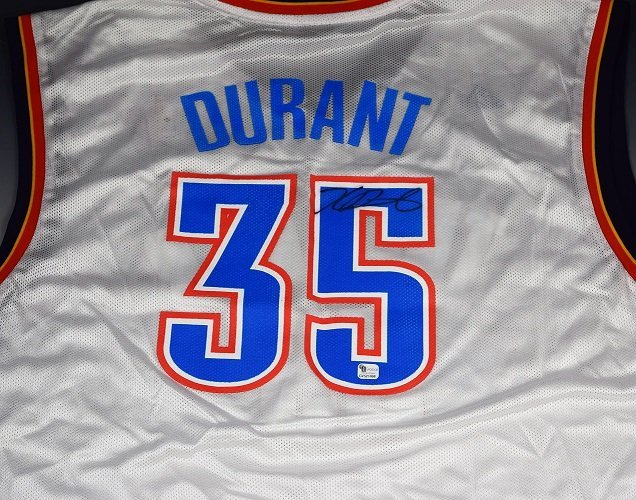 Kevin Durant Signed Jersey - 2