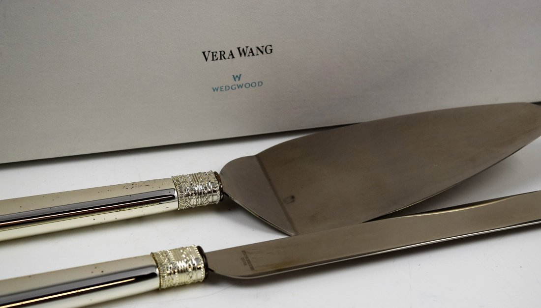 Vera Wang Server Set - 2