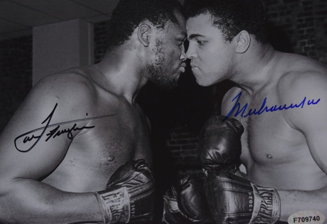 Muhammad Ali Joe Frazier Signed Photo - 2