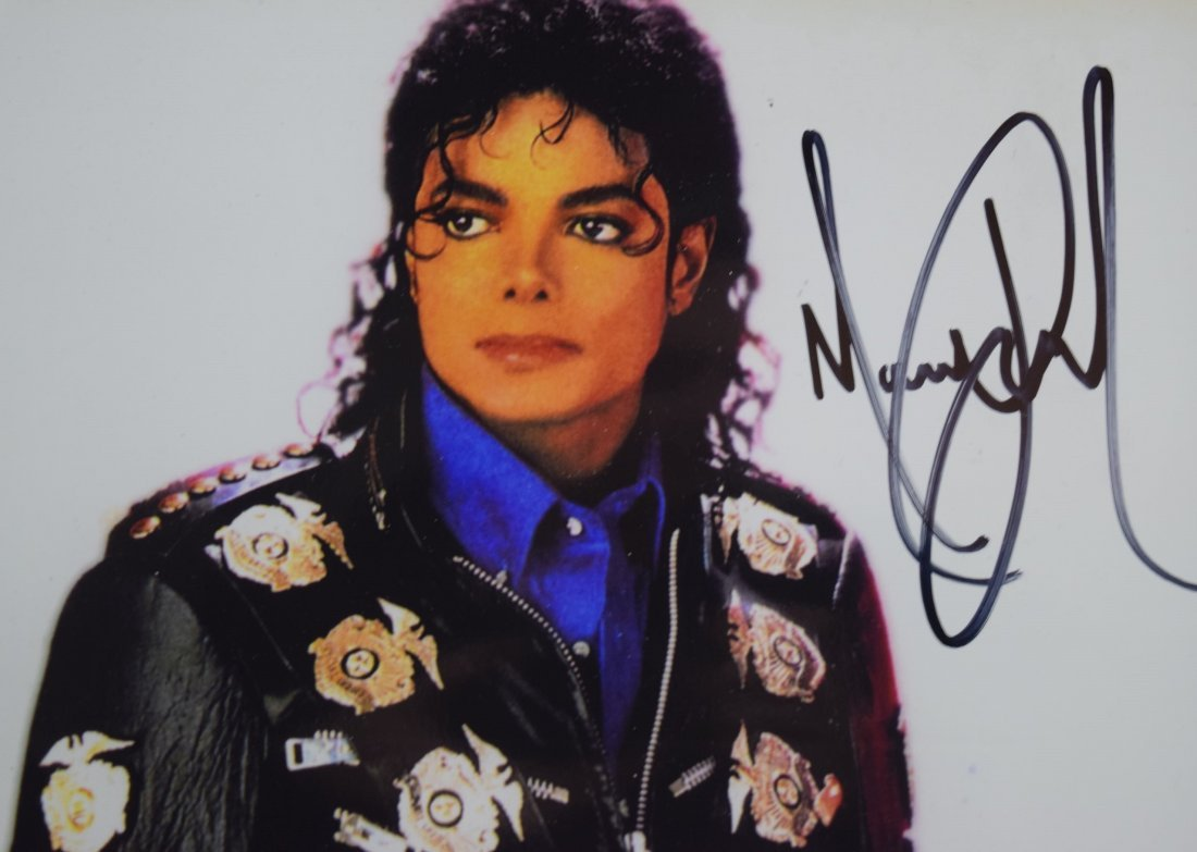 Michael Jackson Signed Photo - 2