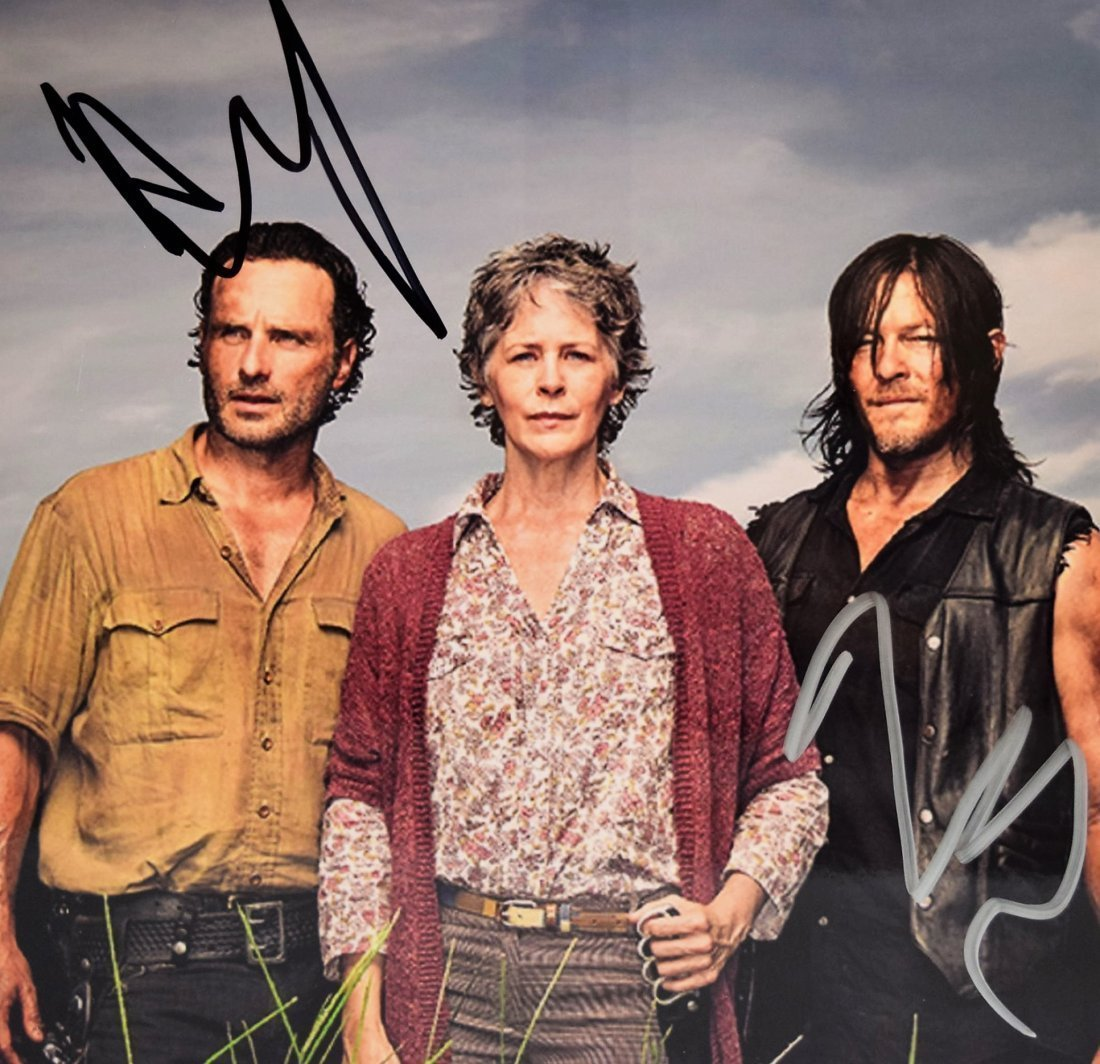 The Walking Dead Signed Photograph - 2