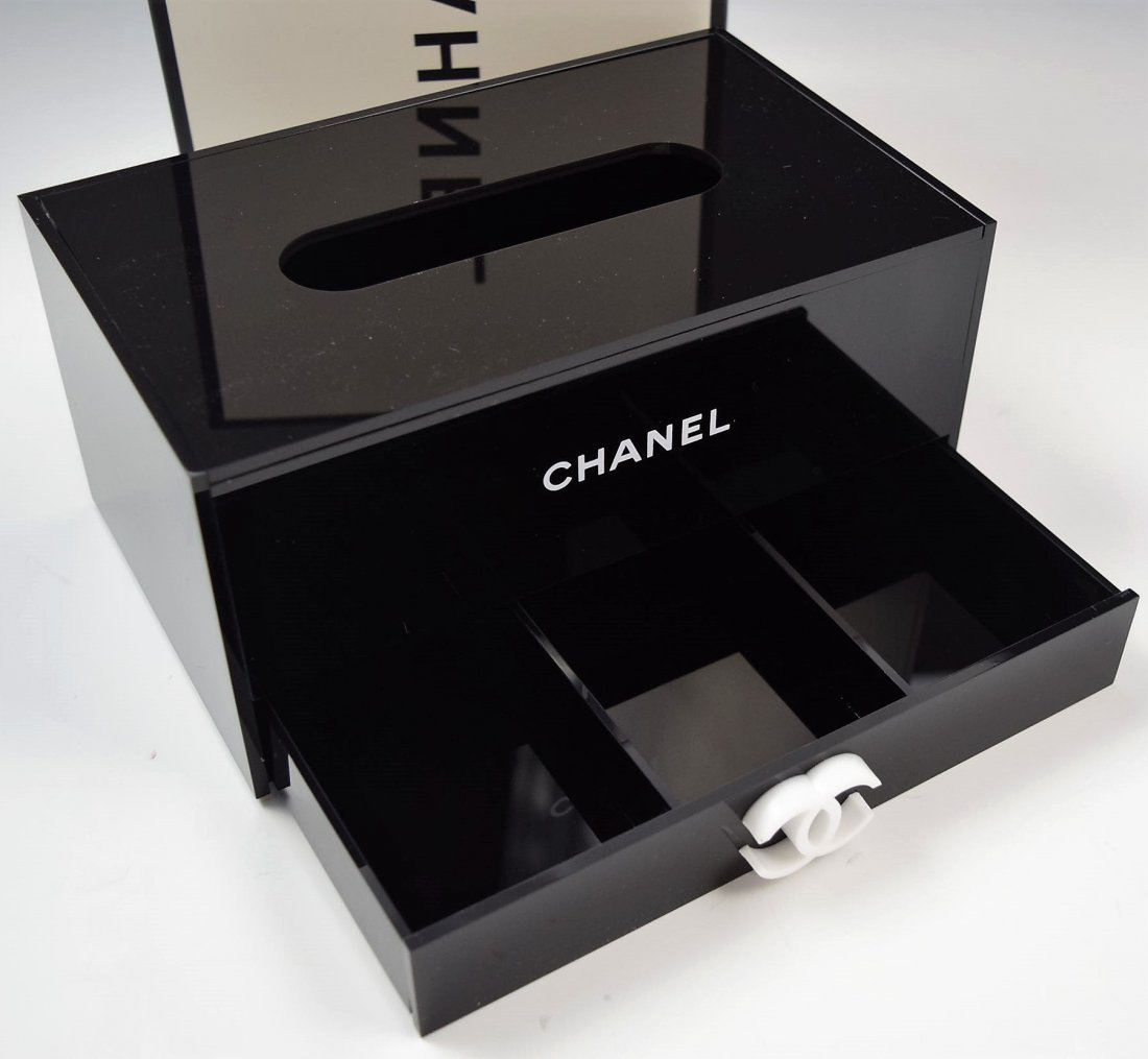 Chanel VIP Holder - 2