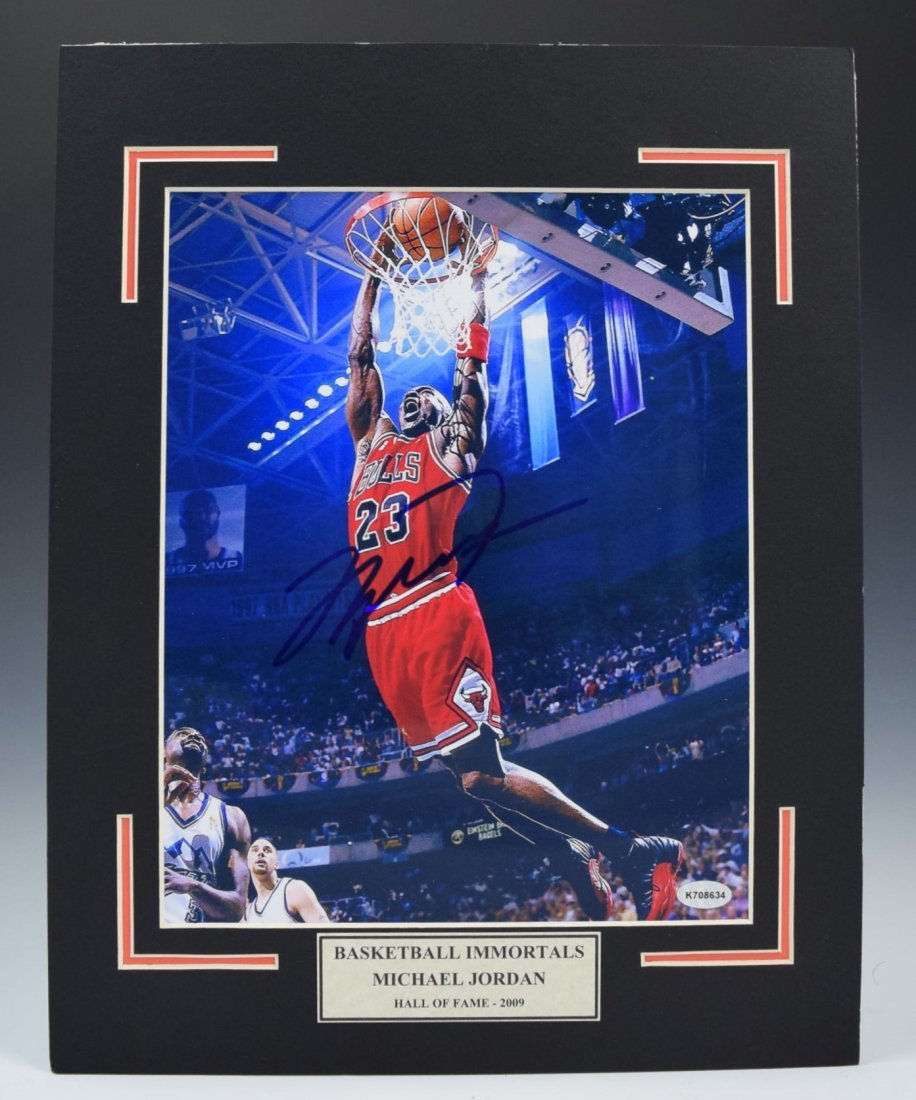 Michael Jordan Signed Photograph