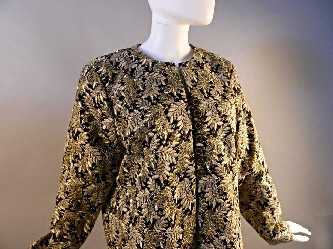 Vintage Oscar De La Renta Vintage Ladies Coat - 2