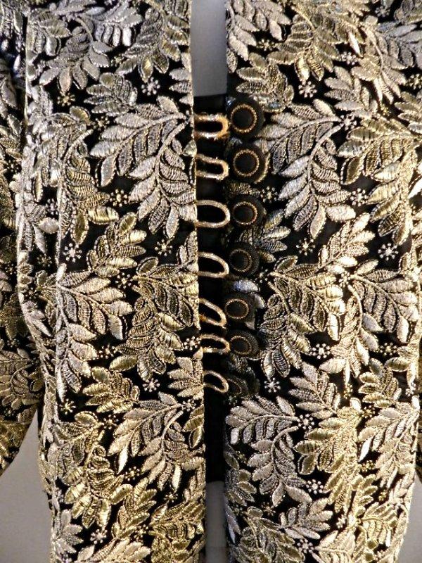 Vintage Oscar De La Renta Vintage Ladies Coat - 6