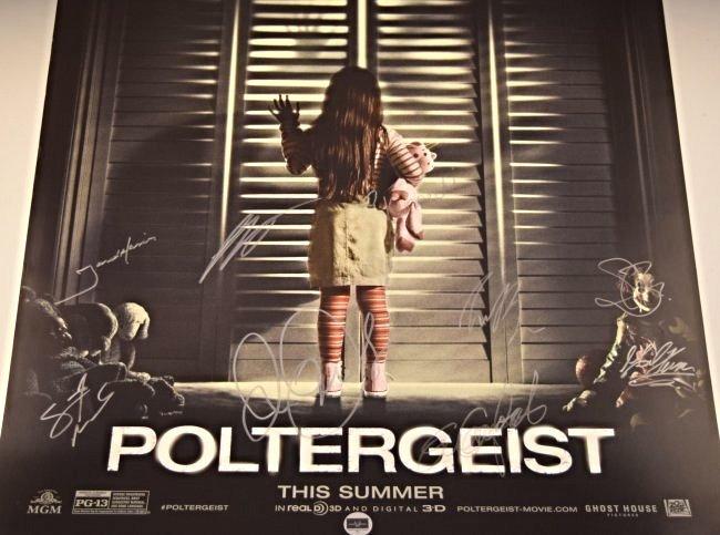 Poltergeist Cast Signed Premiere Movie Poster - 2