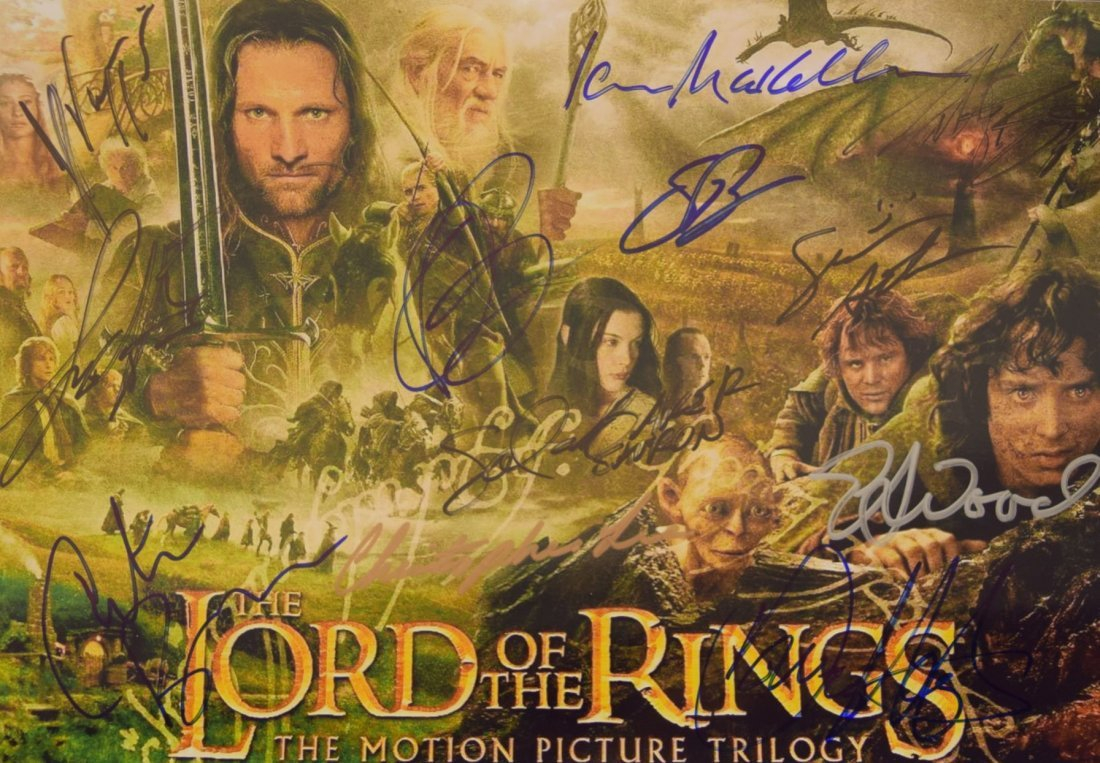 Lord of the Rings Cast Signed Movie Photo - 2