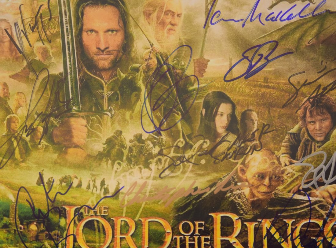 Lord of the Rings Cast Signed Movie Photo - 3