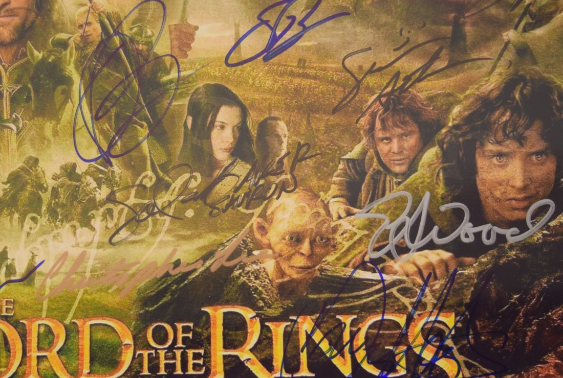 Lord of the Rings Cast Signed Movie Photo - 4