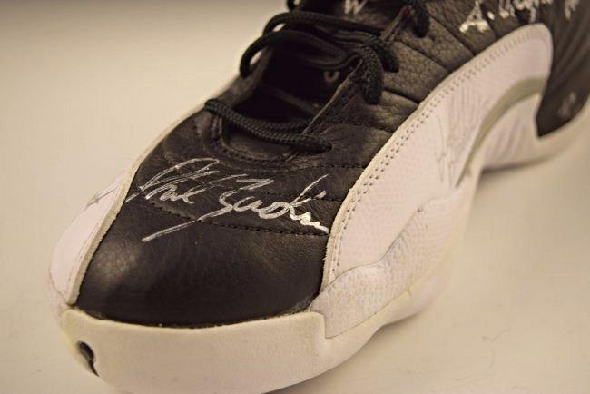 Michael Jordan Finals Game Worn Team Signed Shoe - 4