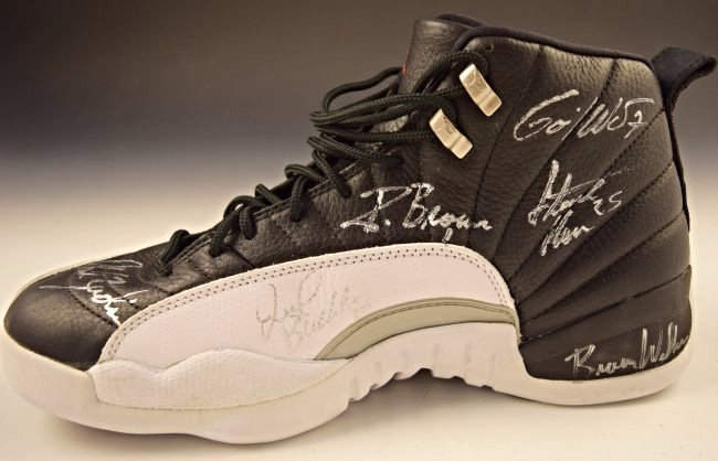 Michael Jordan Finals Game Worn Team Signed Shoe - 5