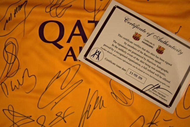 Barcelona Team Signed Jersey - 3