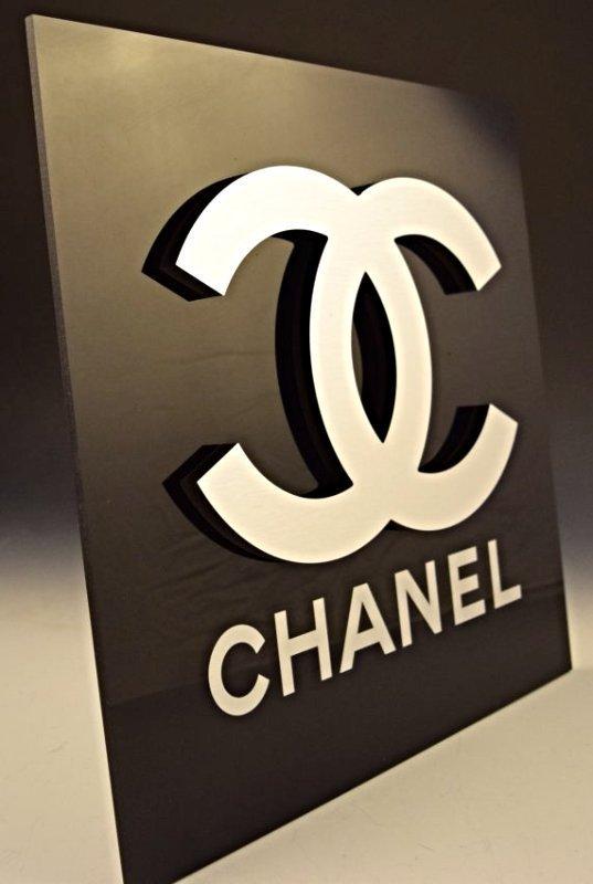 Chanel Display Logo Sign