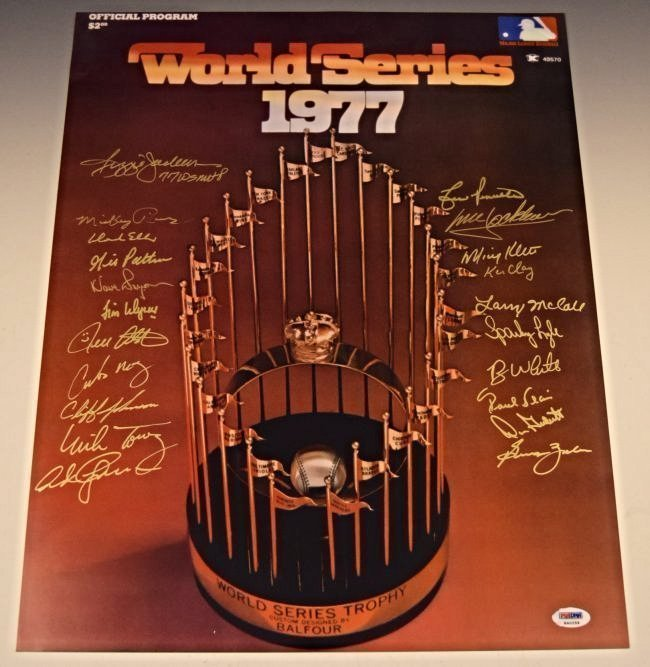 Yankees World Series Team Signed Photograph