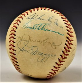 Yankees Signed Baseball Mantle, DiMaggio, Ford