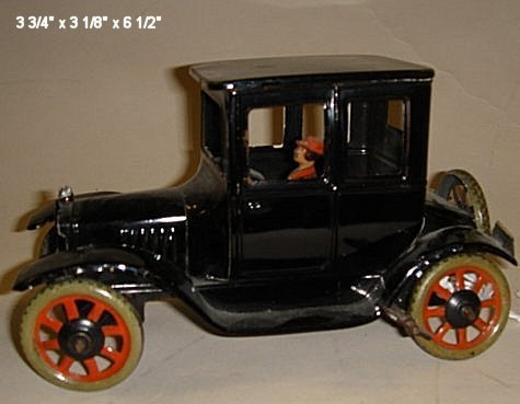 2006: Bing, two door Model T's with driver, tin