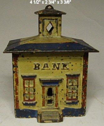 2044: Medium cast iron bank