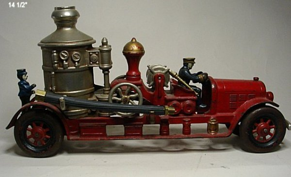 2072: Kenton cast iron pumper fire truck