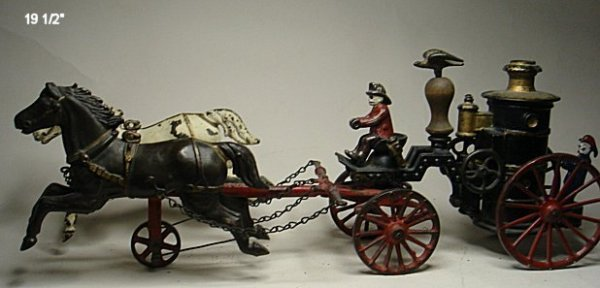 2084: Ives horse drawn pumper, cast iron